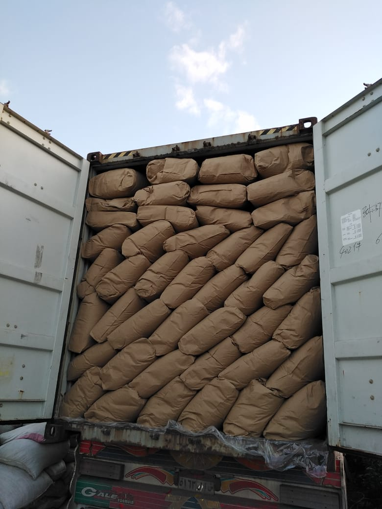 paper bags loading